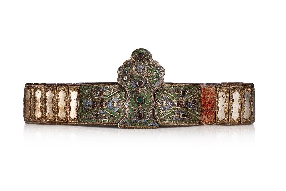 """Ceinture de mariage """"Zonari me tin corona""""Grèce, Soufli, premier quart du 19e siècle.En bronze"""