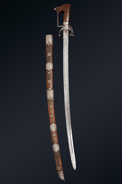 Superbe Nimcha signée Al-Baghdadi [al-Sabrawy ?]Maroc, datée 1224H . (=1808)Epée à poignée en - Image 3 of 5