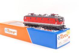 Roco 43721Roco 43721, ÖBB E-Lok 1044 056-805, rot mit grauer Binde, sehr gut erhalten