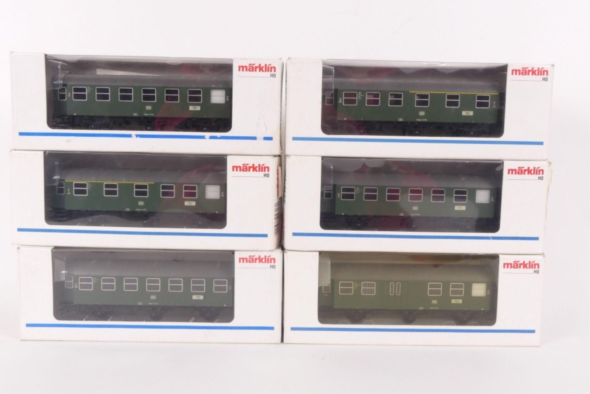 Märklin sechs GüterwagenMärklin sechs Güterwagen, zwei 4317, drei 4318, 4319, sehr