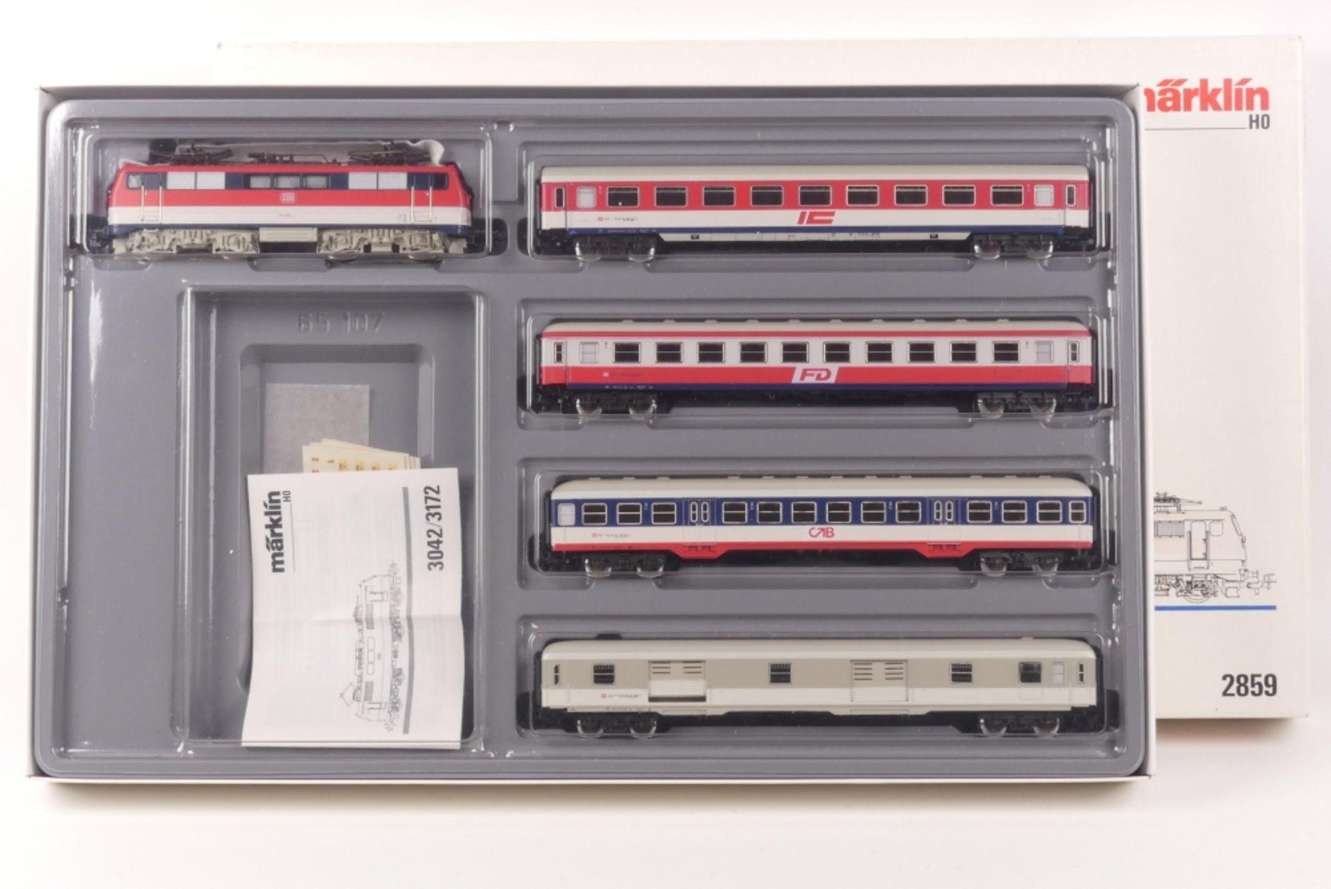 """Märklin 2859Märklin 2859, Farben-Demonstrationszug, Elektrolok """"111 069-1"""", analog,"""