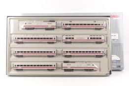 """Märklin 3700Märklin 3700, achtteiliger Schnelltriebwagen ICE der """"Amtrak"""", Digital-*"""
