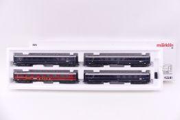 """Märklin 42281, Schnellzug-Wagenset """"Glückauf"""", vier Wagen, ein Faltenbalgübergang gelöst, liegt bei,"""