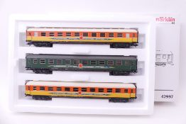 """Märklin 42997, Wagen-Set """"Apfelpfeil"""", drei Schnellzugwagen, sehr gut erhalten, ORK/leicht"""