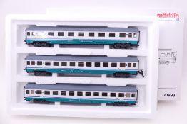 """Märklin 41893, Wagenset """"3 Schnellzugwagen"""", ein Puffer zu tief eingesetzt, sonst sehr guter"""