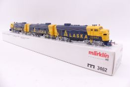 """Märklin 3462, dreiteilige US-Diesellok """"ALASKA"""", analog, beklebt/ablösbar, sehr gut erhalten,"""