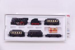 "Märklin 28401, Geburtstagszug, Dampflok ""24 030"", DELTA-System, auch digital verwendbar, vier Wagen,"