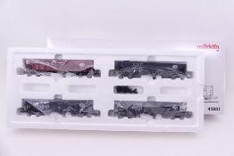 Märklin 45801, Hopper Car Set, vier offene US-Güterwagen, 3 x NYC, 1 x BOSTON & ALBANY, sehr gut