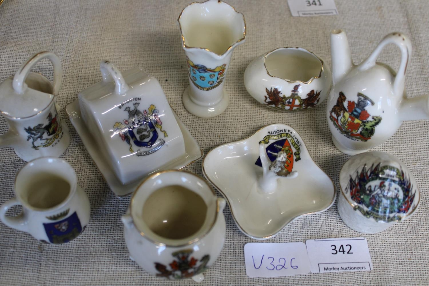 Eight pieces of collectable commemorative/crested ware ware