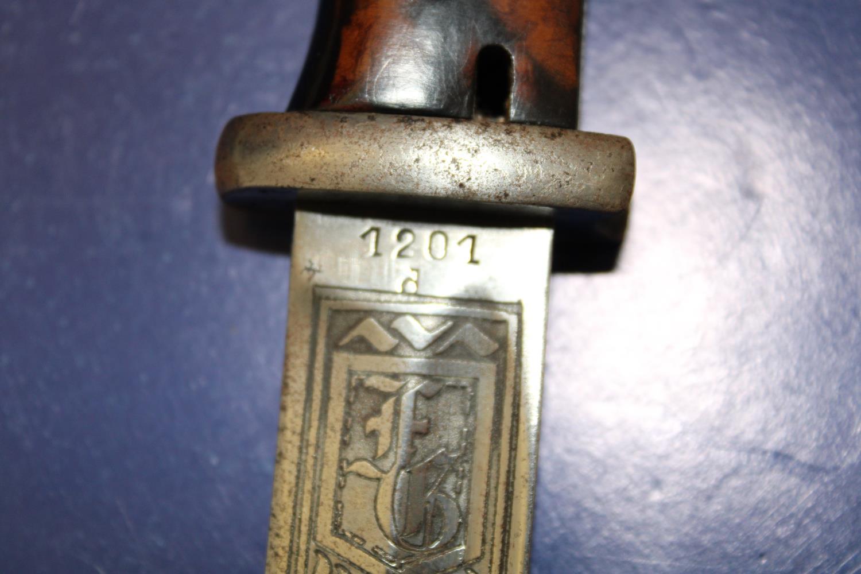 A re-production German Bayonet. Bayonet length 38cm - Image 3 of 5