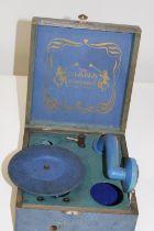 A vintage 'The Diana' portable gramophone 20x20x8cm