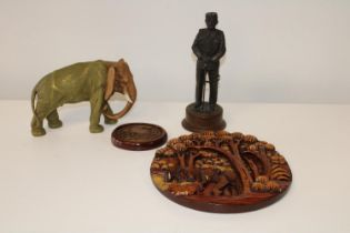 Four assorted collectables