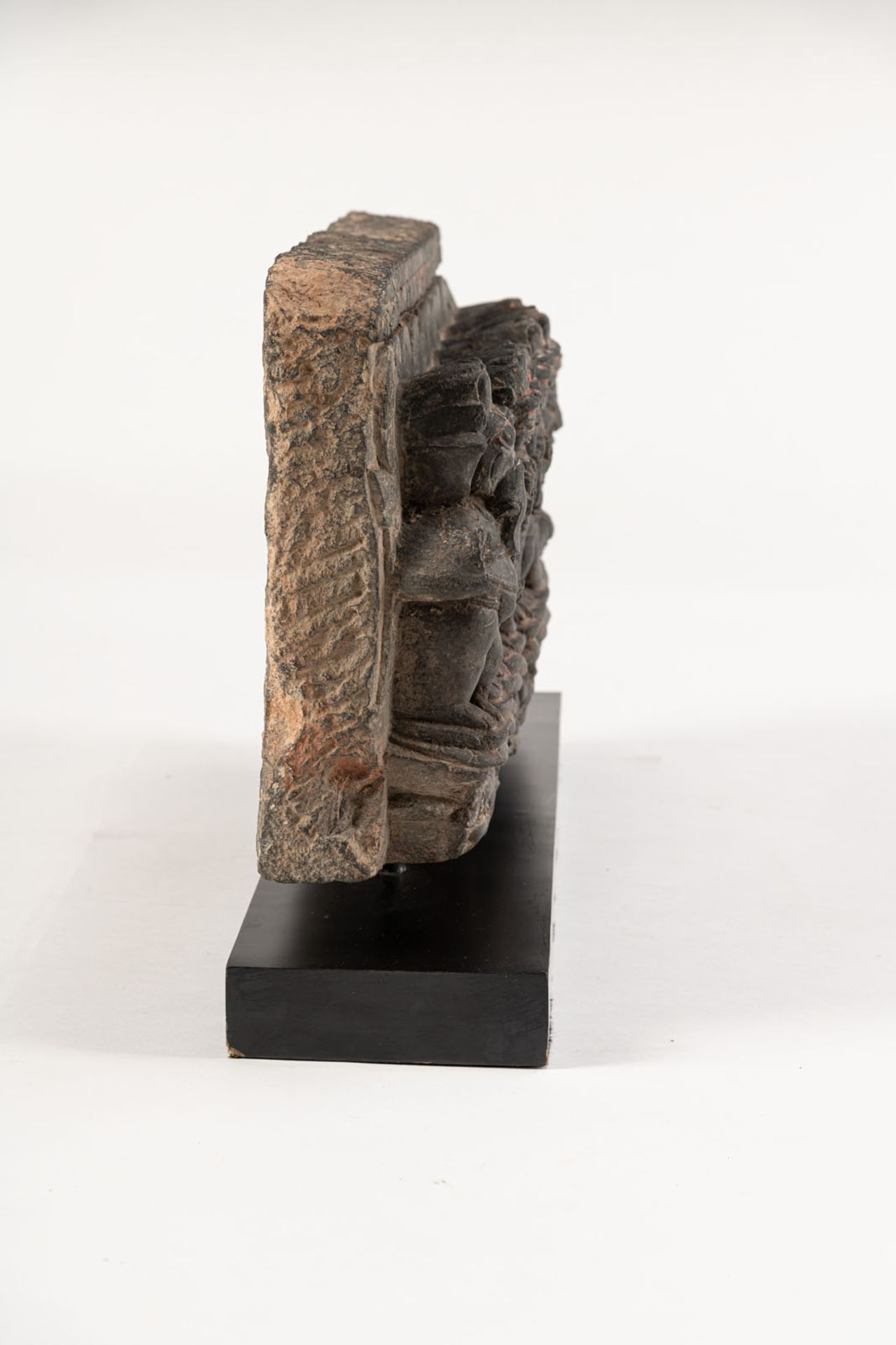 A PHYLLITE STONE STELE DEPICTING THE NINE PLANETS, NAVAGRAHA - Image 4 of 4