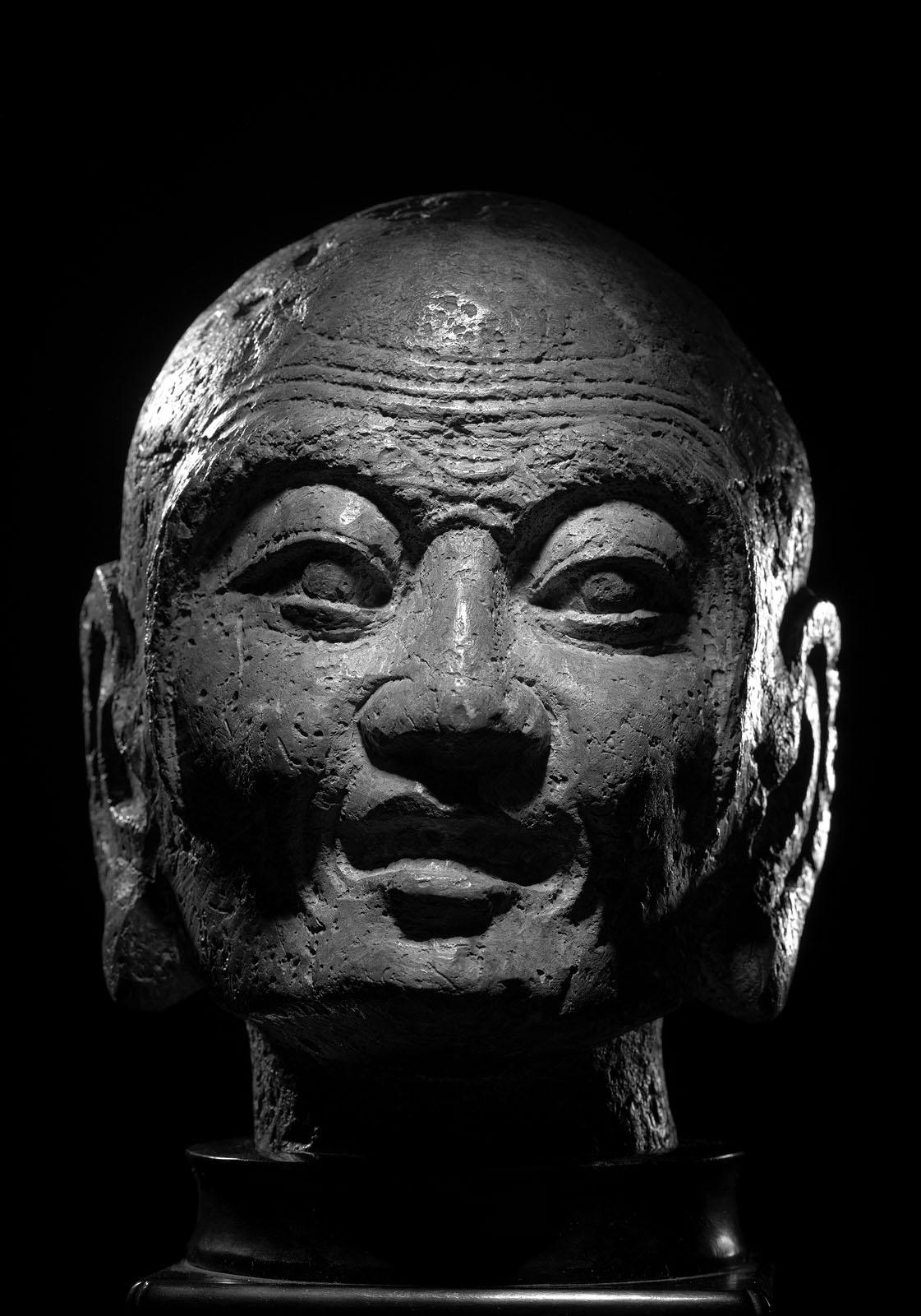 A RARE STONE HEAD OF PROBABLY KASYAPA - Image 6 of 6
