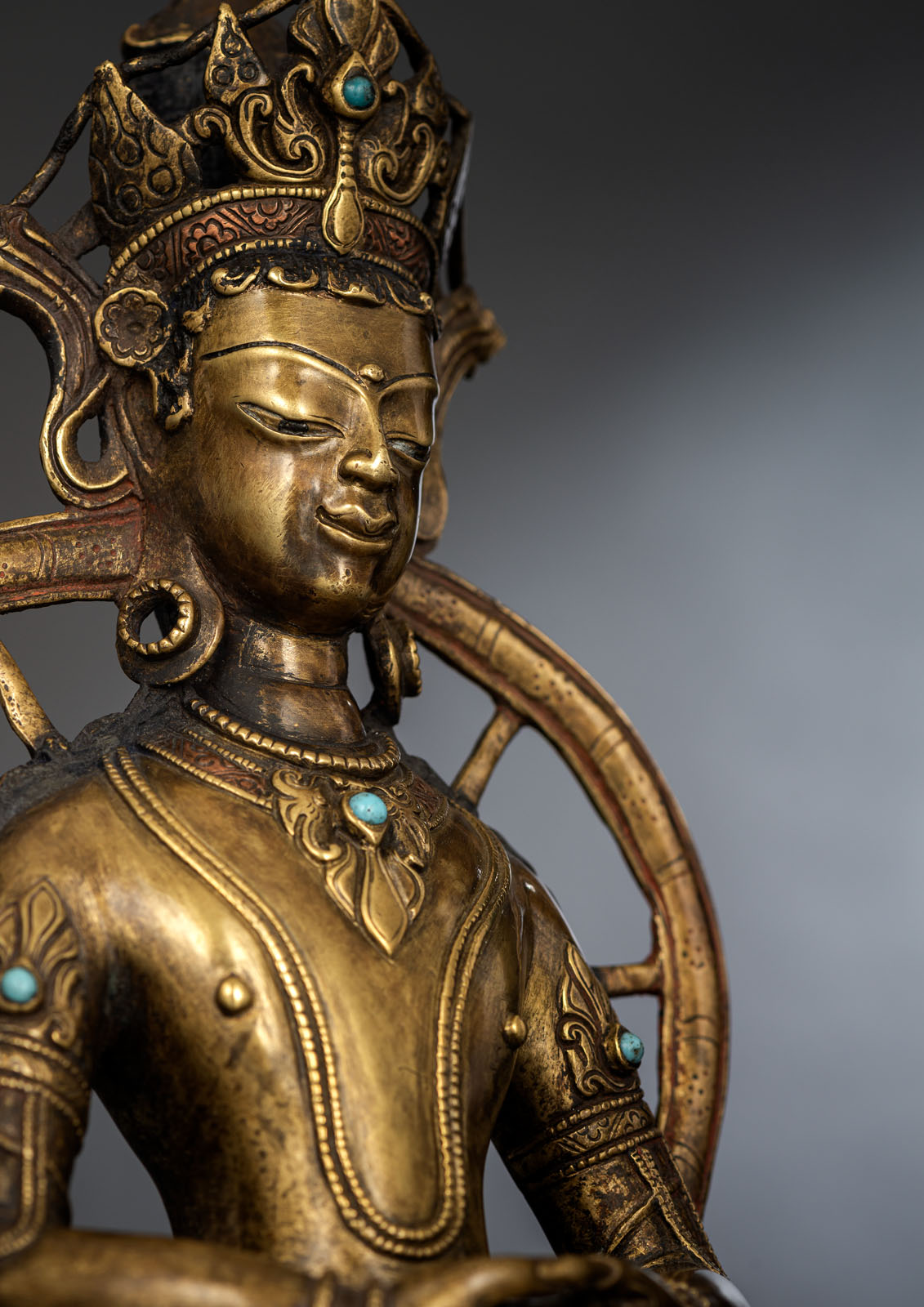 A FINE SILVER- AND COPPER-INLAID BRONZE FIGURE OF AMITABHA - Image 4 of 4