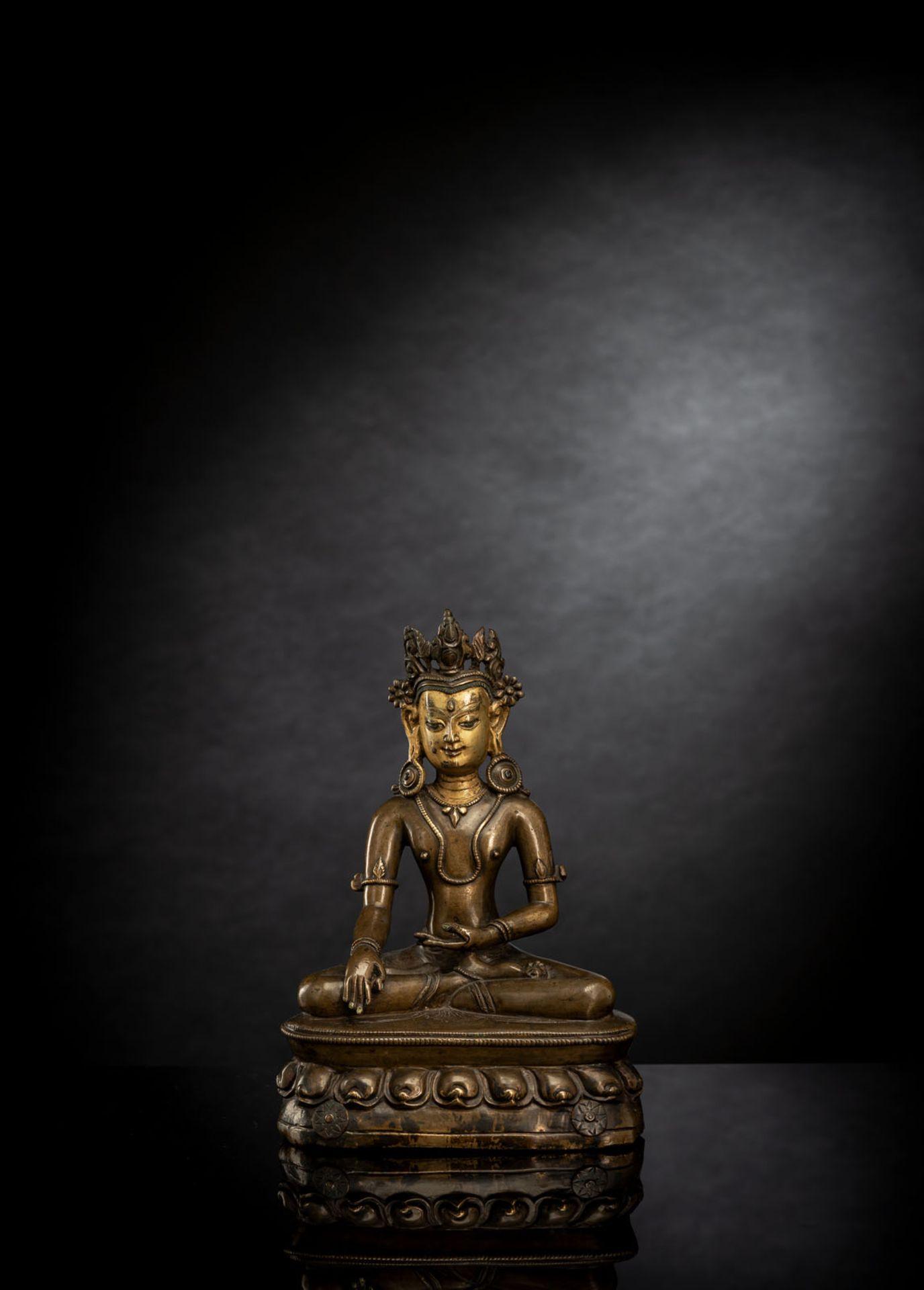 A FINE BRONZE FIGURE OF BUDDHA SHAKYAMUNI