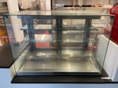 Counterline Cake Refrigeration Display Counter