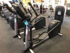 Life fitness Cross trainer x 1