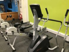 Life fitness step machine x 1