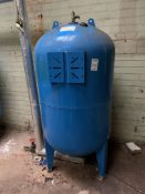 Boss portable water expansion vessel