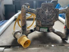 Makita Hand UT 120 Held Electric Mixer / Stirrer