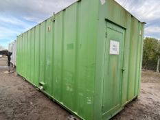 24ft 5 + 1 toilet block