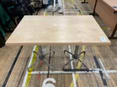 Table x 1, Wooden Topped