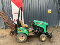 Ditch witch RT30 4WD ride on tractor trencher kubo