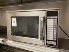 Sharp R-24AT Microwave Oven