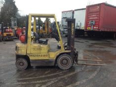 Hyster 2.0 ton gas forklift with containers spec