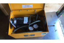 Hilta Morris TW0015 pressure test pump (A673261) and Hilta Morris TW0016 pressure test pump (A675909