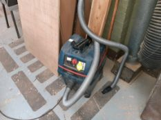 Bosch industrial vacuum cleaner