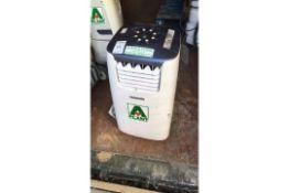 Master Dehumidifier AC1200E, s/No. 85E34000330, y of m 2014, 240v (A643894) s/No. 85E34000330