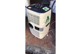Master Dehumidifier AC1200E, s/No 85E35000457, 240v, no hose (693507) s/No 85E35000457