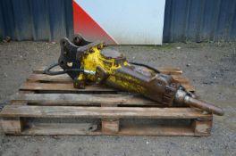Atlas copco sb152 hydraulic breaker 2014 Location