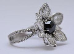 Yeprem Diamond Ring