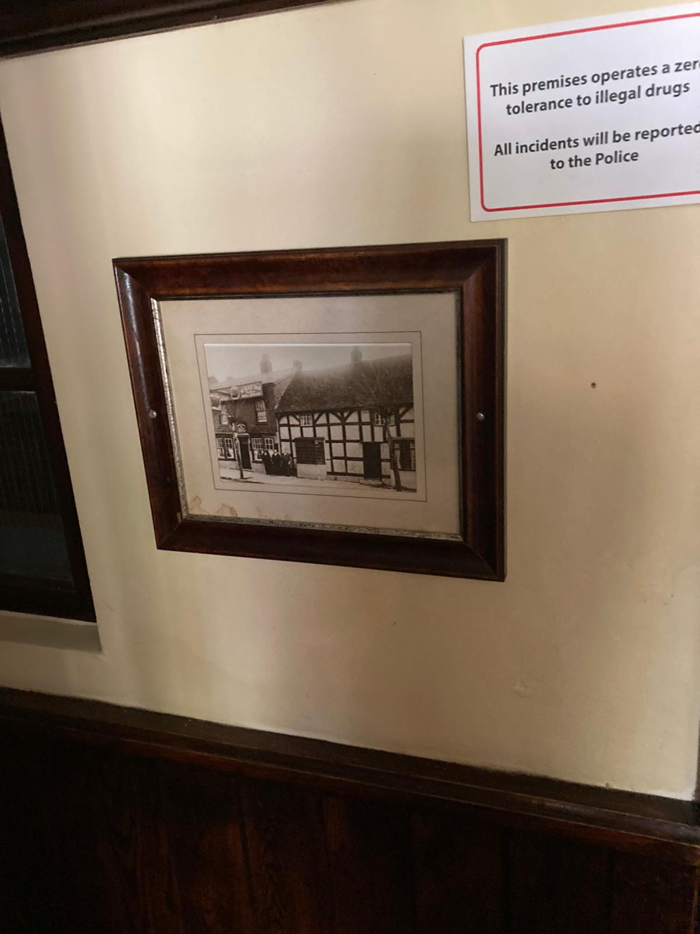 Pub Pictures and Mirrors 50 in total - Image 4 of 10