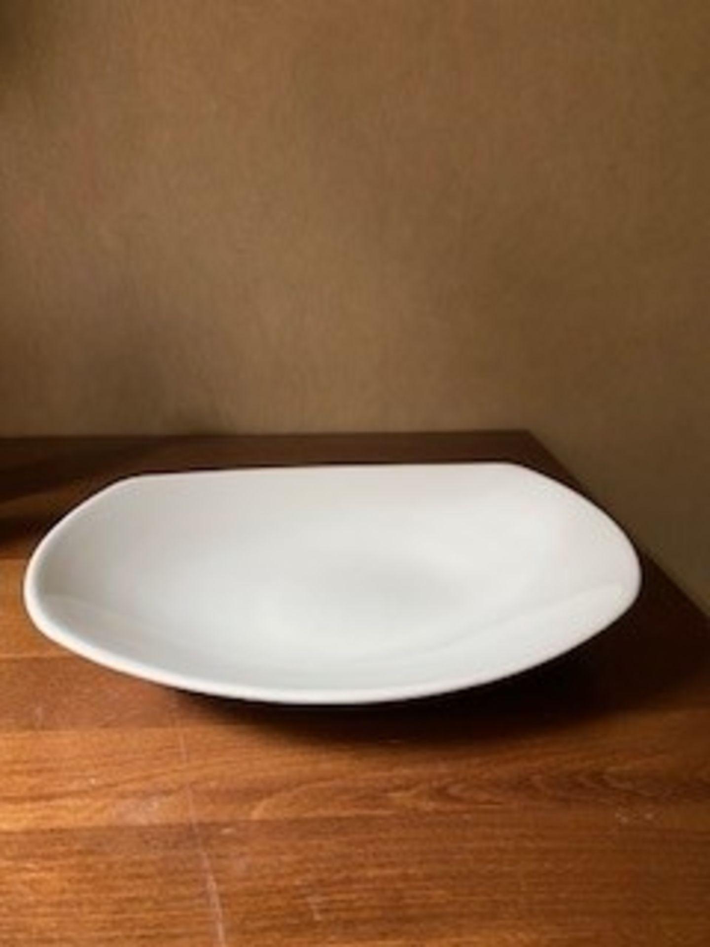 Steelite Pasta Bowl white 30cm set of 19 - Image 3 of 3