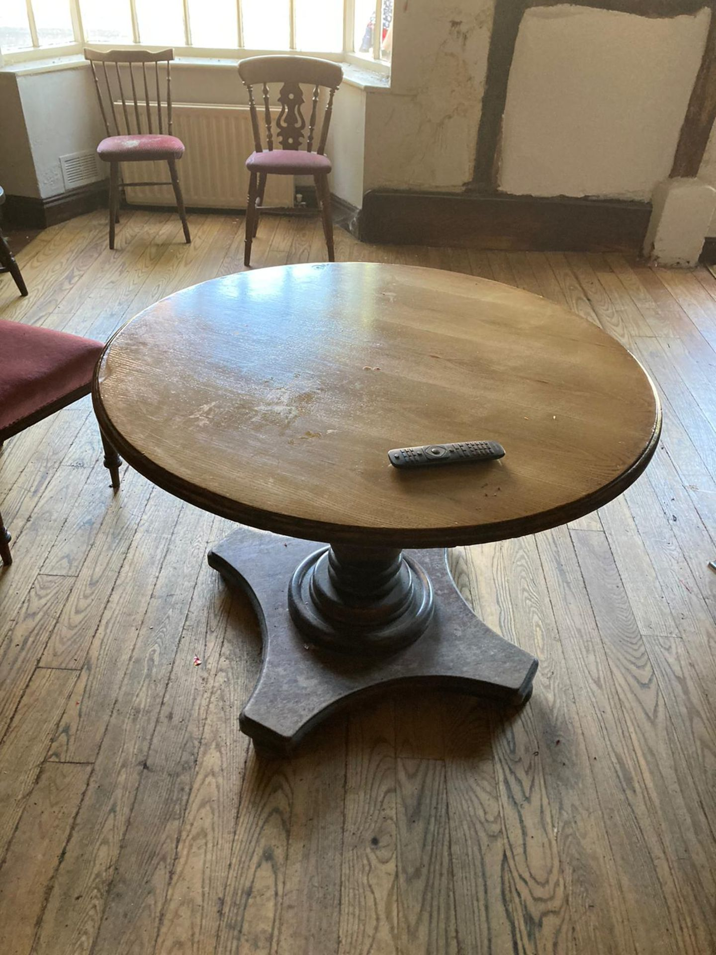 Vintage Pub tables and chairs - Image 6 of 10