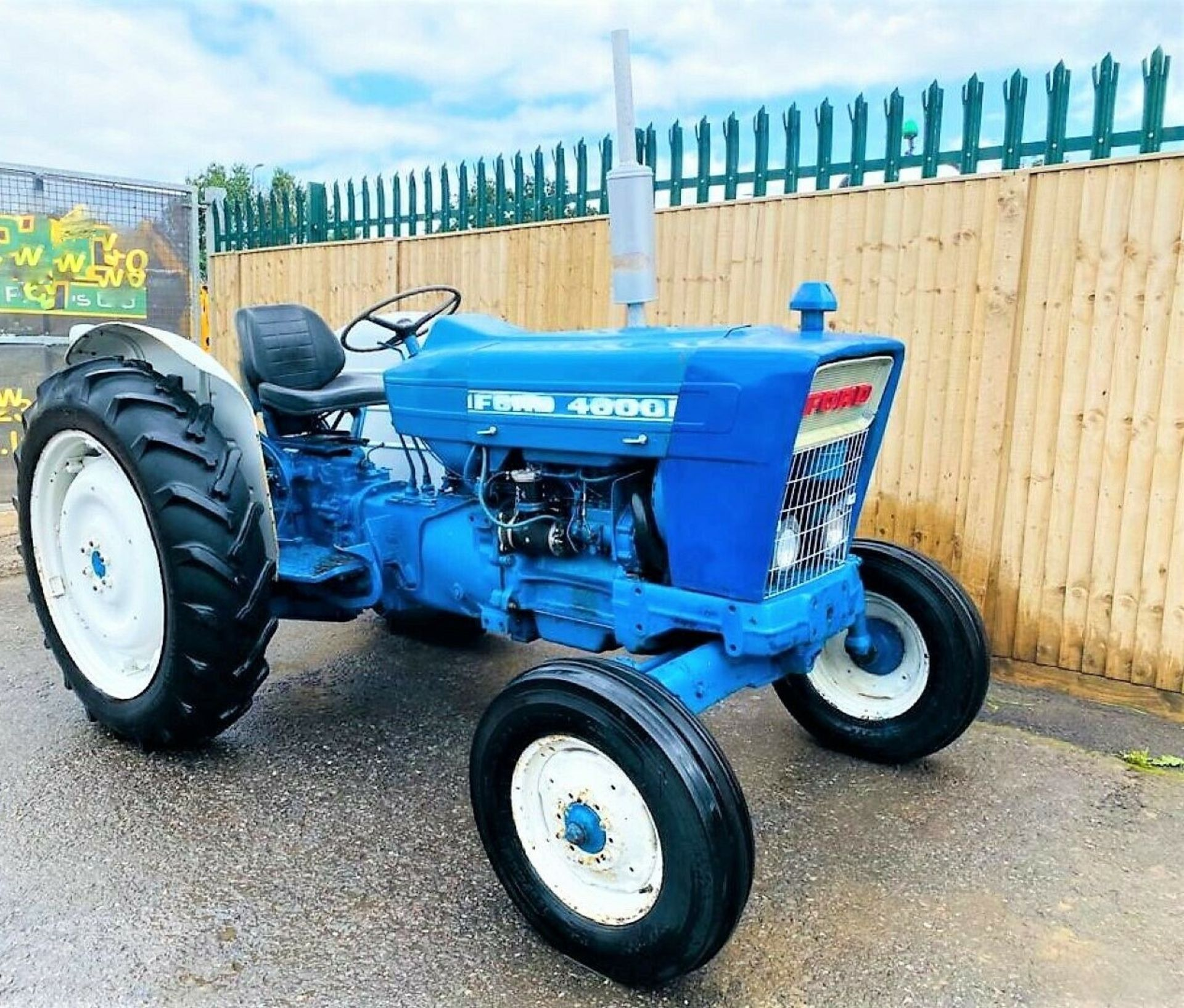 Ford 4000 Tractor 1969 - Image 3 of 12