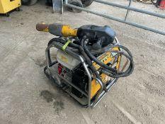 JCB Hydraulic Beaver Pack With JCB HM25LV Gun 2017