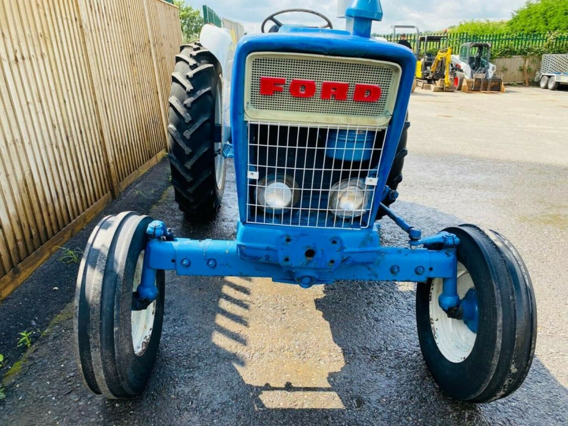 Ford 4000 Tractor 1969 - Image 5 of 12