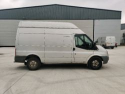 ENTRY DIRECT FROM LOCAL AUTHORITY Ford transit YB10BZU