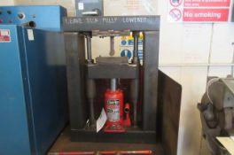 Bench Top Garage Press