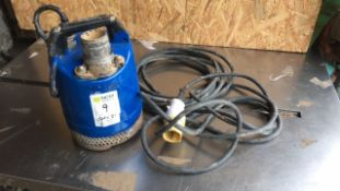 Submersible pump (A647439)