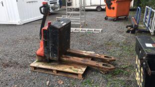 Electric Pallet Truck 2000kg (A695342)