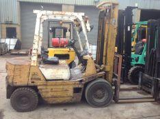 TCM 2.5 Diesel fork lift
