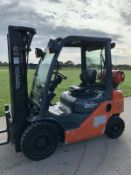 Toyota 2 Tonne Gas Container Spec Forklift