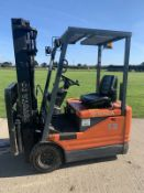 Toyota 1.3 Tonne Electric forklift truck