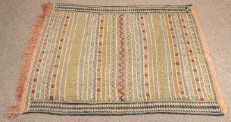 Marokkanischer Kelim, ca. 140 x 110 cm, 2. Hälfte 20. Jhdt.
